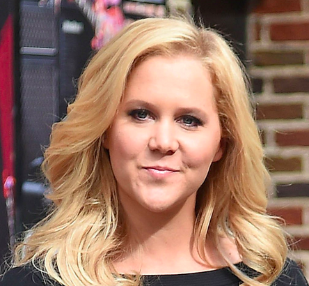 Amy Schumer - www.powtoon.