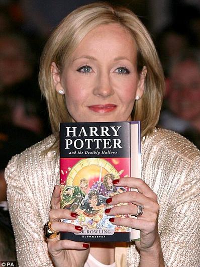 J.K Rowling - www.powtoon.com